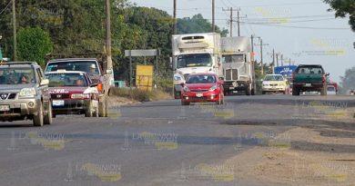 Roban cargamento de verdura sobre la carretera Tihuatlán - Álamo