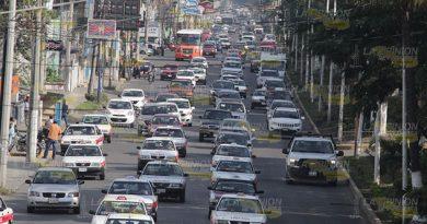 Taxistas foráneos hacen de las suyas