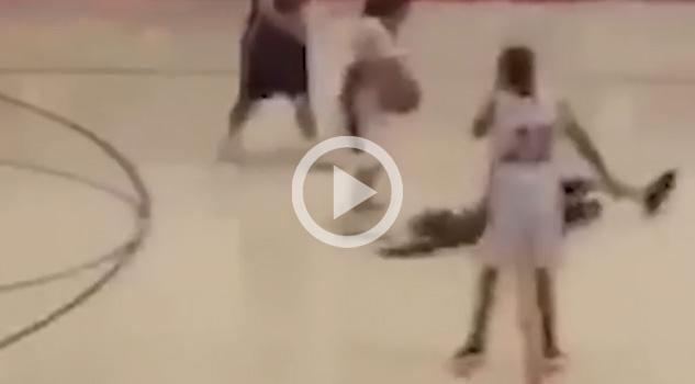Una nueva forma de quitarle el balón al rival en basquetbol