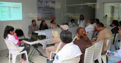 Acecha el dengue en Tihuatlán