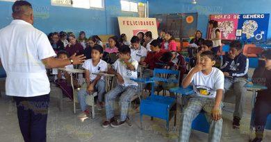 Adicciones y embarazos, riesgos para adolescentes de Cerro Azul