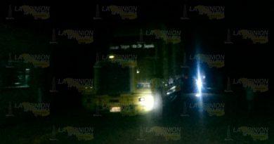 Camión reventó cables y dejó sin luz a la localidad Úrsulo Galván
