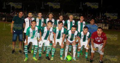 Campeones de Barrios vs. Invernal de Tuxpan