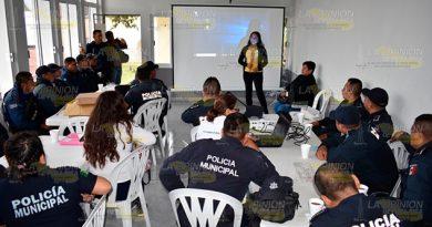 Cero tolerancia a la violencia contra mujeres policías en Tlapacoyan