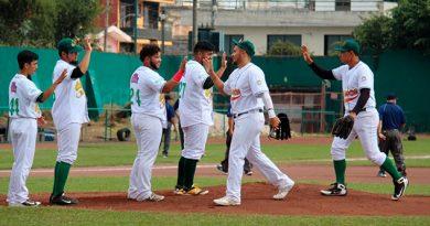 Chileros se pone a un juego del título en la LIV