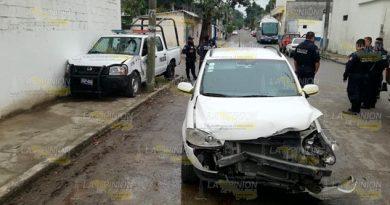 Choca con una patrulla de la Policía Municipal de Tuxpan