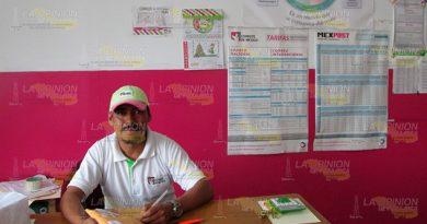 Correos de México sobrevive gracias a servicios de paquetería en Tihuatlán