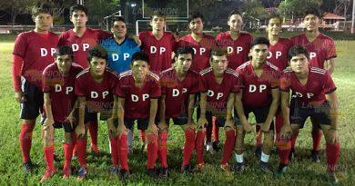Deportivo Petrolero gana en casa