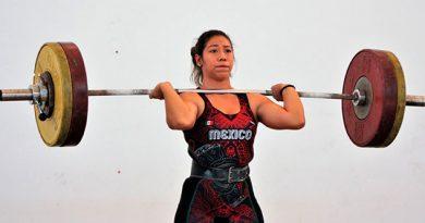 Exitoso test evaluatorio de levantamiento de pesas en la Arena Veracruz