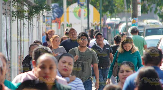 """Gestionan apoyo para los """"ninis"""" en Poza Rica"""