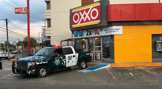 Imparables atracos a OXXO'S en Poza Rica