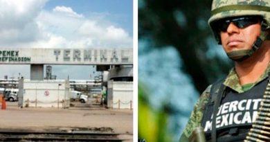 Militares vigilan las instalaciones de Pemex en Ciudad Madero