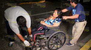 Mujer es atropellada por motociclista en la colonia Cazones