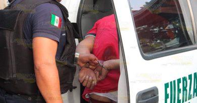 Presunto ladrón intenta huir y se lesiona con su propia arma