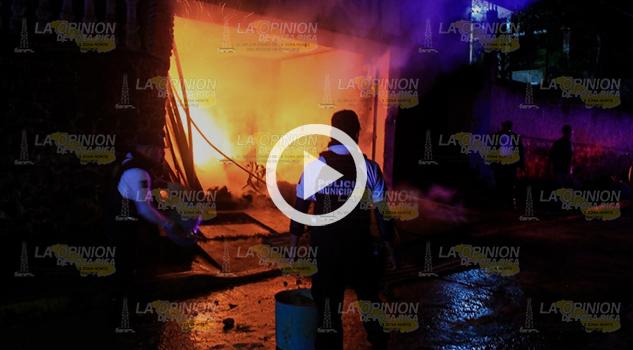 Se incendia bodega en Papantla