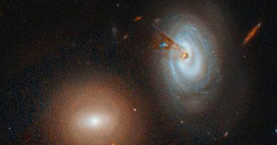Telescopio Hubble capta una galaxia perdiendo gas