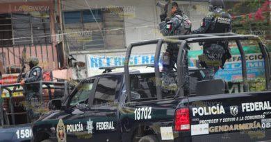 Gendarmería detiene  a huachicoleros
