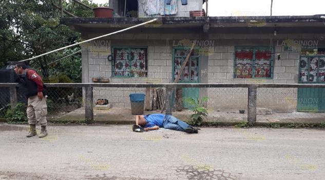 """Pedro conocido como él """"Cutino"""", bacheador de Zozocolco fue ejecutado en Caxhuacan, Puebla"""