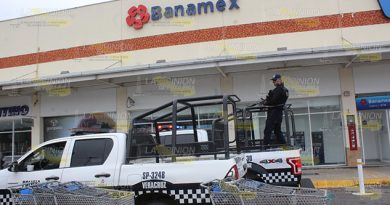 ¡Asaltan Banamex en centro comercial de Poza Rica!