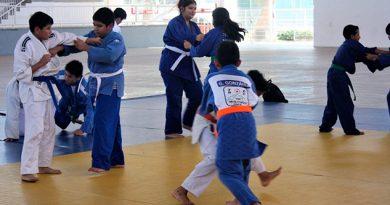 ¡Van por los metales! Judokas veracruzanos viajan al Nacional