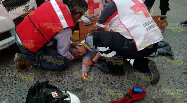 Ama de casa es tropellada por un taxista en Tuxpan
