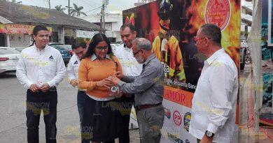 Arranca colecta Pro Bomberos de Tuxpan meta de 750 mil