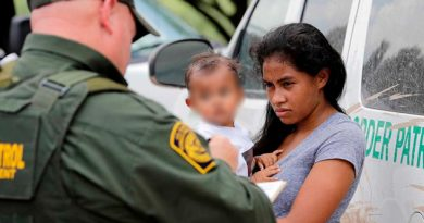 Arrestan a 290 migrantes centroamericanos en EU