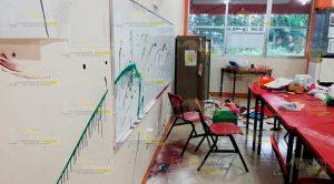 Atracan escuela de educación especial en Poza Rica