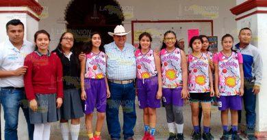Basquetbolistas y ajedrecistas representarán a Espinal en Torneo Regional en Tuxpan