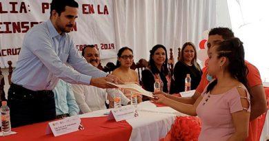 Celebran 22 bodas colectivas en centros penitenciarios de Veracruz