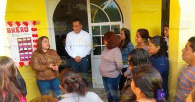 Construyen tres aulas para una Telesecundaria de Coatzintla