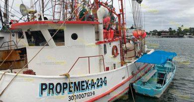 Empresas voraces diezman al atún en Tuxpan