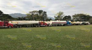 Exigen reparación de daños por saqueo de agua en la comunidad Xúchitl