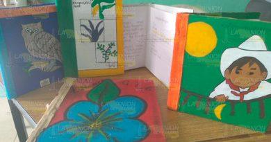 Expondrán libros, pintados y dibujados a mano por maestros de Espinal