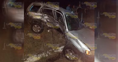 Invade carril y provoca encontronazo sobre la Tuxpan - Tampico