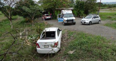 Ponchadura los saca del camino en la Álamo - Tihuatlán, una lesionada