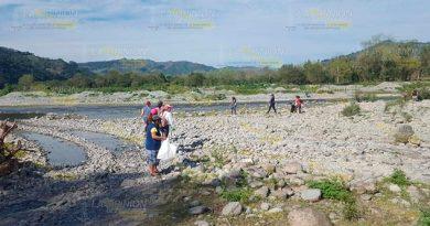 Pescan tres toneladas de basura en el río Pantepec
