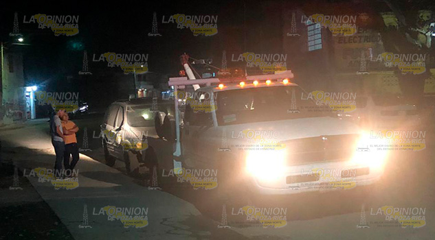 Retiran autos abandonados en Álamo