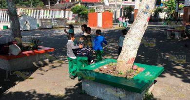 Se oponen a la apertura de antro cerca de escuela en Papantla