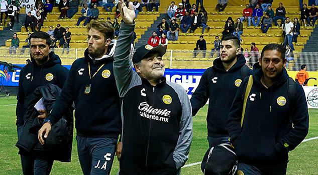 Tengo un plantel aún mejor que el de la Selección de Argentina Maradona