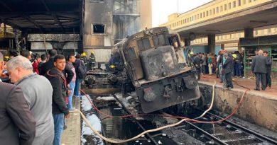 Ttren explota en la estación central de El Cairo