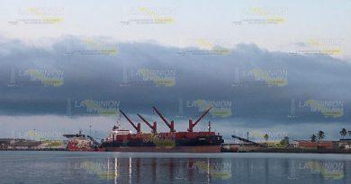 Tuxpan compite en hidrocarburo con Coatzacoalcos
