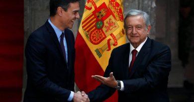 "Gobierno español rechaza ""con toda firmeza"" petición de AMLO"