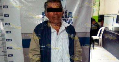 Anciano abusa de señora en Bella Vista, Espinal