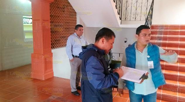 Certifican a inmuebles públicos como libres de criaderos de moscos en Coatzintla