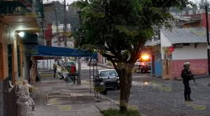Detonaciones, enfrentamiento y cierre de calle en Xalapa
