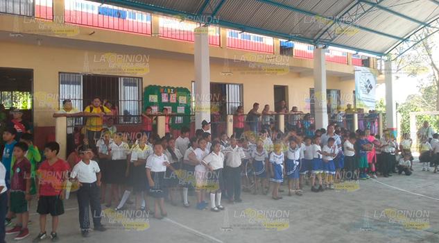 Exigen docentes en primarias estatales de la Sierra del Totonacapan