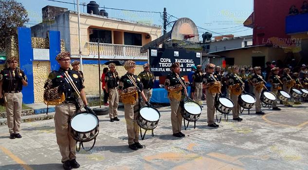 Fomentan actividades cívicas con Copa Nacional de Bandas de Guerra