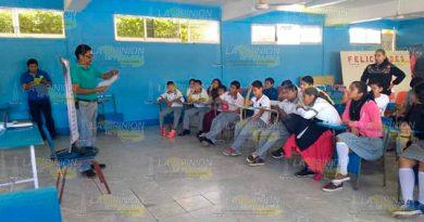 Fomentan prevención de enfermedades mediante talleres en Cerro Azul