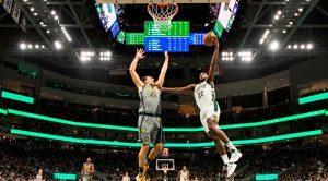 Giannis Antetokounmpo y los Bucks regresan a la senda del triunfo